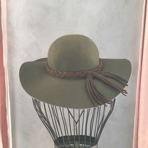 Zara Wide Brim Hat